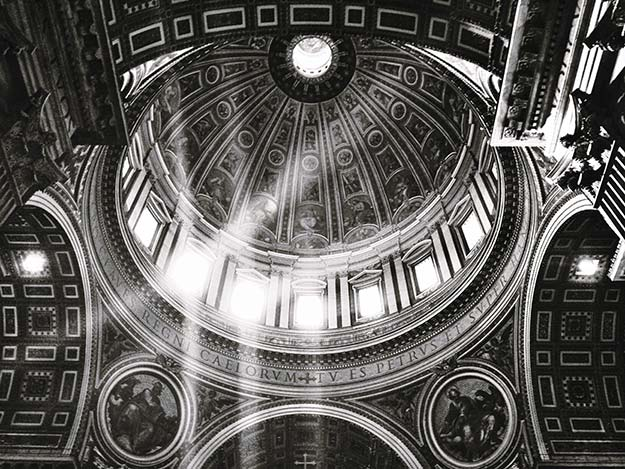St. Peter's Basilica © 2013 I CANDI Studios