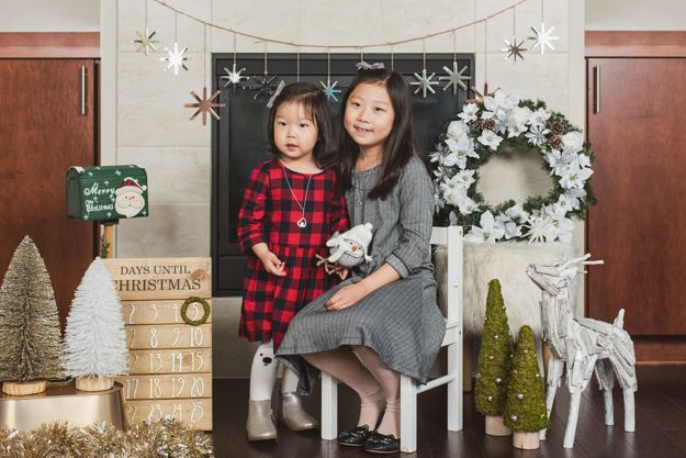 Sisters - Family Holiday photoshoot by I CANDI Studios